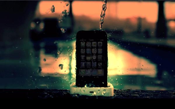 iPhoneが防水になるスプレー「Impervious」が凄い!傷予防も!_000