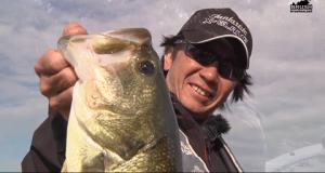 バークレイ「バブルクリーチャー」などで長良川バスを狙う!(動画)
