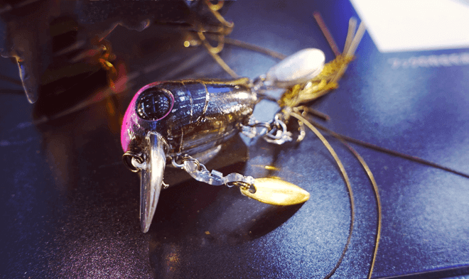 マイクロタッピーはただ巻くだけで誰もが釣れる、楽しめるジャッカル発のウェイクベイト_002_003
